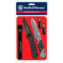 Smith & Wesson Tactical Light and Rescue Knife Kit