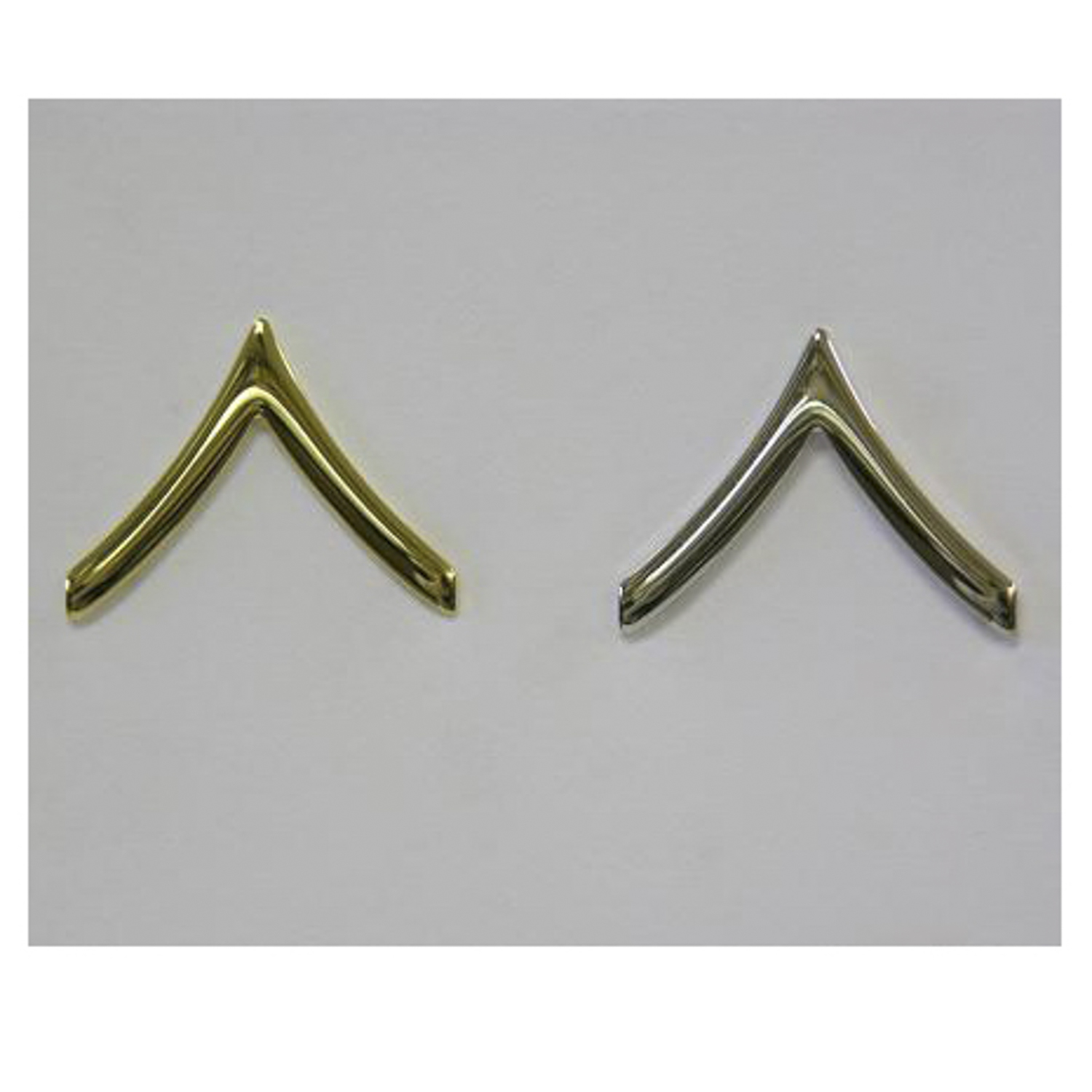 Eiseman-Ludmar Army Style Private Chevron Collar Pin